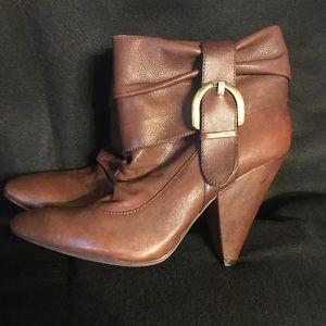 Jessica Simpson size 8 boots